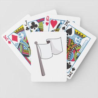 Bandera blanca que agita barajas de cartas