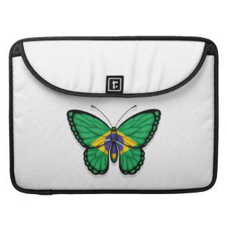 Bandera brasileña de la mariposa fundas para macbooks