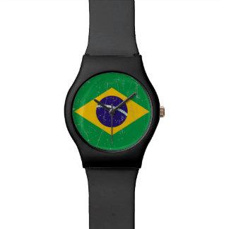 Bandera brasileña rascada y rasguñada reloj de mano