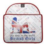Bandera británica de la silueta del chica fundas para macbooks