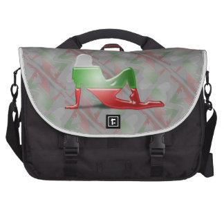 Bandera búlgara de la silueta del chica bolsa para ordenador