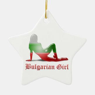 Bandera búlgara de la silueta del chica ornamentos de navidad