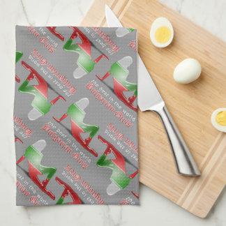 Bandera búlgara de la silueta del chica toalla de cocina