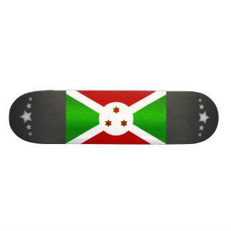 Bandera burundesa pelada moderna monopatín