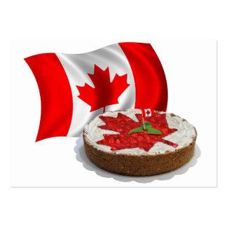 Bandera canadiense con la torta de la hoja de arce tarjetas de visita grandes