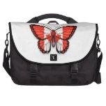 Bandera canadiense de la mariposa bolsas para portátil