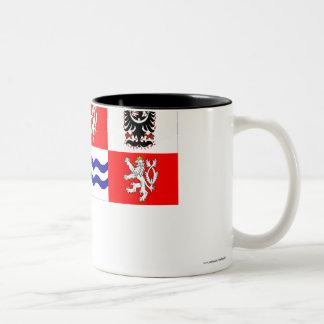 Bandera central de Bohemia Taza De Dos Tonos