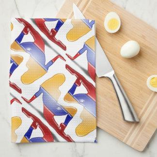 Bandera colombiana de la silueta del chica toalla de cocina