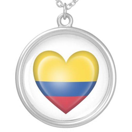 Bandera colombiana del corazón en blanco joyerias personalizadas