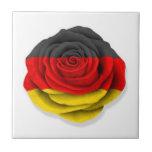 Bandera color de rosa alemana en blanco tejas  ceramicas