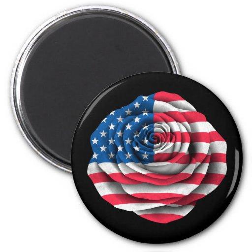 Bandera color de rosa americana en negro iman