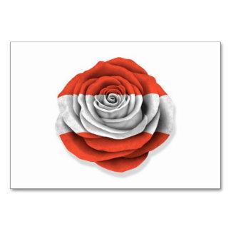 Bandera color de rosa austríaca en blanco