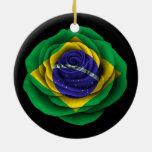 Bandera color de rosa brasileña en negro ornamentos de reyes magos