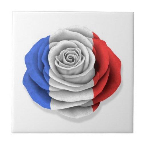 Bandera color de rosa francesa en blanco teja  ceramica
