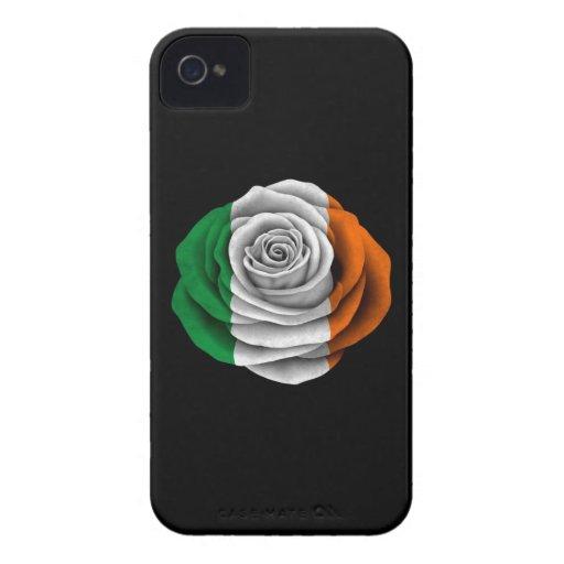 Bandera color de rosa irlandesa en negro Case-Mate iPhone 4 cárcasa