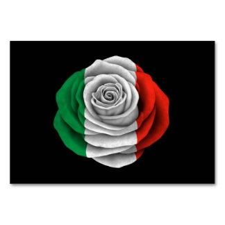 Bandera color de rosa italiana en negro