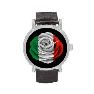 Bandera color de rosa italiana en negro relojes de pulsera