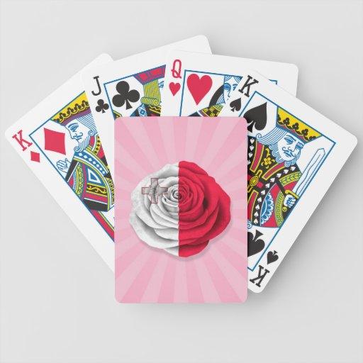 Bandera color de rosa maltesa en rosa baraja de cartas