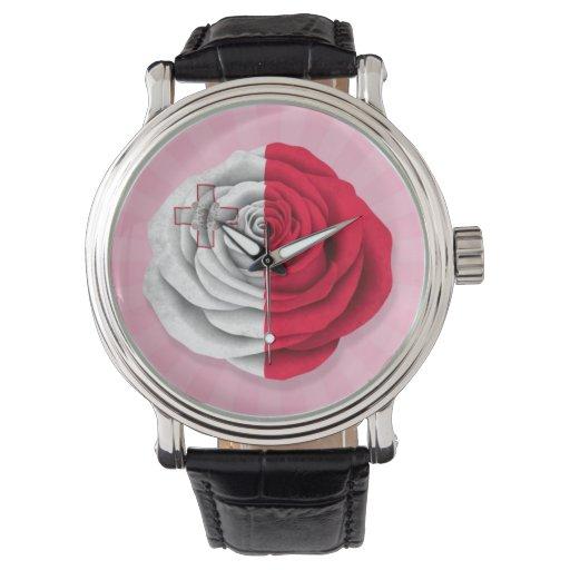 Bandera color de rosa maltesa en rosa relojes de mano