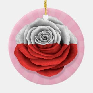 Bandera color de rosa polaca en rosa adorno navideño redondo de cerámica