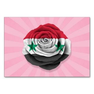 Bandera color de rosa siria en rosa