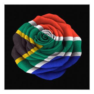 Bandera color de rosa surafricana en negro anuncio