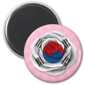 Bandera color de rosa surcoreana en rosa iman de frigorífico