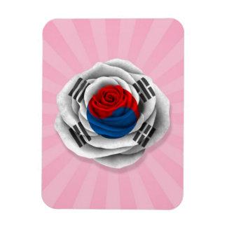 Bandera color de rosa surcoreana en rosa iman rectangular