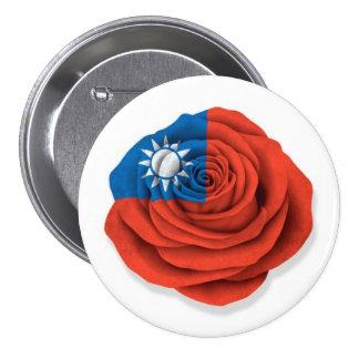 Bandera color de rosa taiwanesa en blanco pin