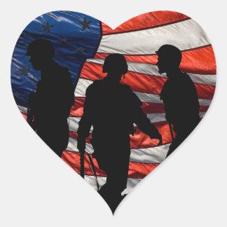 Bandera con los pegatinas de la silueta del pegatina de corazón