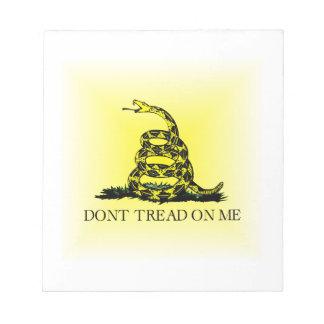 Bandera cuadrada de Gadsden del resplandor solar Bloc De Papel