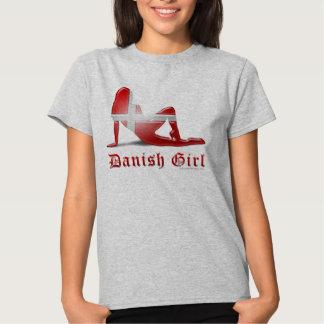 Bandera danesa de la silueta del chica remeras