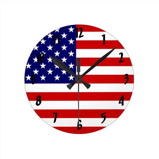 Bandera de América, los E.E.U.U. Reloj Redondo Mediano
