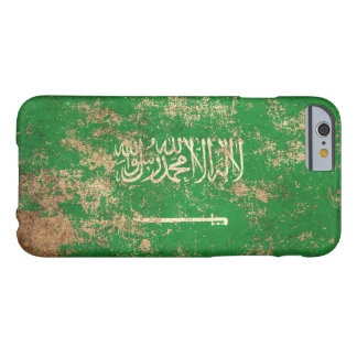 Bandera de Arabia Saudita envejecida áspera del Funda Para iPhone 6 Barely There