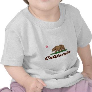 Bandera de California A cuadros-Hacia fuera Camisetas
