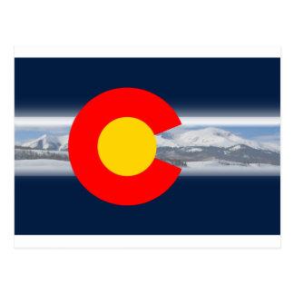 Bandera de Colorado con las montañas Tarjetas Postales
