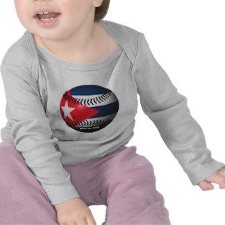 Bandera de Cuba en un béisbol Camiseta