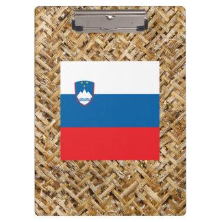 Bandera de Eslovenia en la materia textil temática