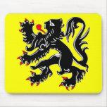 Bandera de Flandes Tapetes De Ratones
