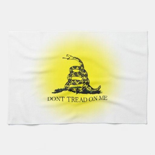 Bandera de Gadsden del resplandor solar Toallas