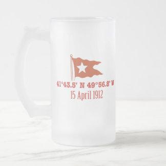 Bandera de hundimiento titánica de la estrella de taza de cristal