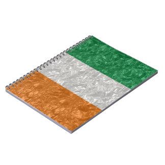Bandera de Irlanda - arrugada Libreta Espiral