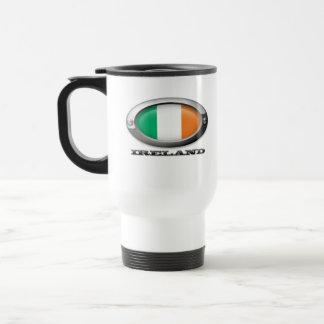Bandera de Irlanda en el marco de acero Tazas