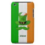 Bandera de Irlanda y bigote del gorra del Leprecha iPod Touch Case-Mate Protectores