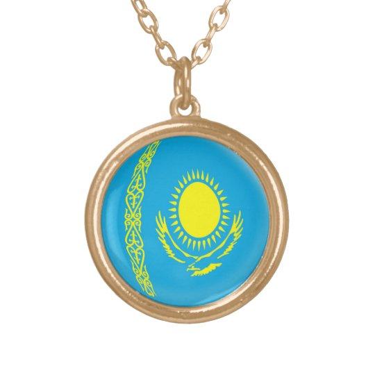 Bandera de Kazajistán del collar del final del oro