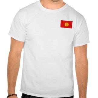 Bandera de Kirguistán y camiseta del mapa