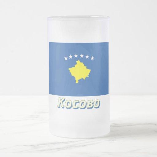 Bandera de Kosovo con nombre en ruso Taza