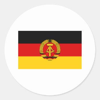 Bandera de la Alemania Oriental Etiquetas Redondas