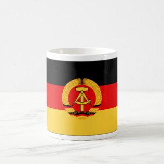 Bandera de la Alemania Oriental Taza Clásica