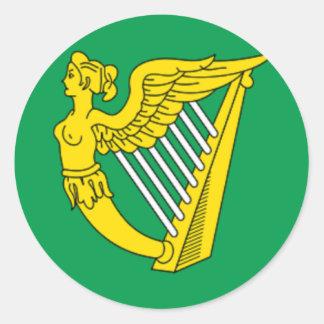Bandera de la arpa de Irlanda Pegatina Redonda